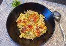 Curry-s kelkáposzta főzelék sült sajtkockákkal
